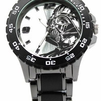 Darth Vader Star Wars Watch with Black Metal Bracelet (DAR2001)