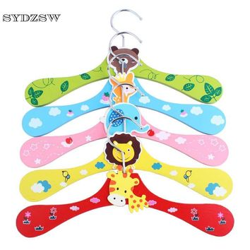 SYDZSW Dog Supplies New Pet Clothes Hanger Woodiness Cartoon Printed Pet Cat Dog Coat Hanger Chihuahua Clothes Rack 27.5*8.5cm