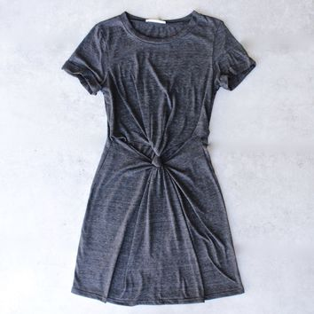 knot it knot-front t-shirt dress - onyx