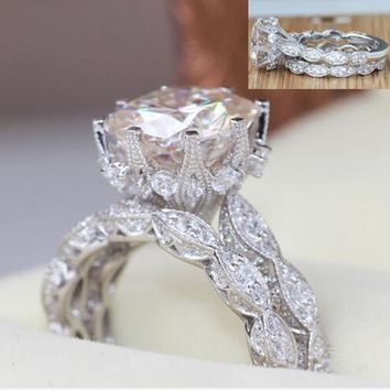 Luxury 2017 promotion AAA Sparking cubic zirconia solitaire wedding engagement couple ring set
