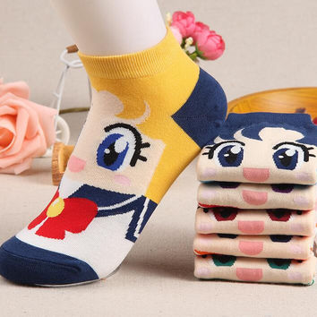 2016 Spring and summer style fashion women's short tube socks cartoon cotton socks Cute cartoon sailor moon female ship socks