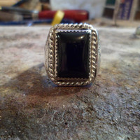 Authentic Navajo,Native American Southwestern black onyx ring. Size 12 1/2