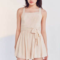 Kimchi Blue Trapunto Stitch Cross-Back Romper | Urban Outfitters
