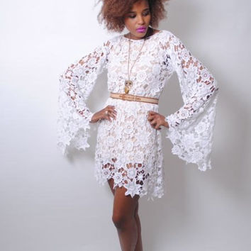 white CROCHET LACE DRESS bell sleeve  boho by 2DreamersBecome1