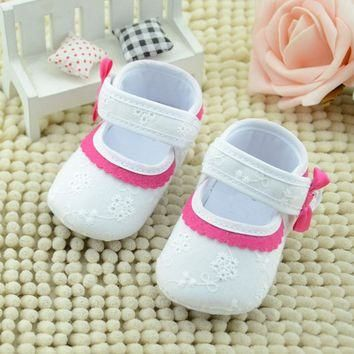Baby girls shoes Rose red lace soft bottom baby shoes Little Embroidered Flower Baby S