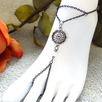 Barefoot Sandals,Beach Wear,Foot Sandals,Foot Chains,Anklets,Slave Bracelets,Sexy,Flower,Black,Hand Chain,Hand Harness
