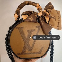 Louis Vuitton LV Hot Women's Print Stitched Round Pie Bag Crossbody Bag
