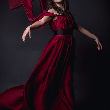 SALE Red dark dress in chiffon with long sleeves medieval elegant elven elf gothic goth