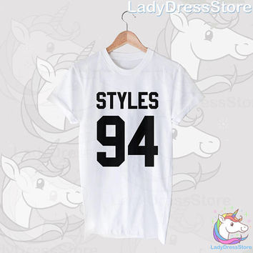 Harry Styles 94 Tumblr Butterfly Black White Gray Short Sleeve for Unisex T-Shirt Casual Tee