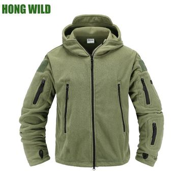 Trendy HONG WILD Tactical fleece jacket Military Uniform Soft Shell Casual  Hooded Jacket Men Thermal army Clothing AT_94_13