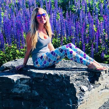 Gorgeous Mermaid Scales Leggings (Designer Friend)