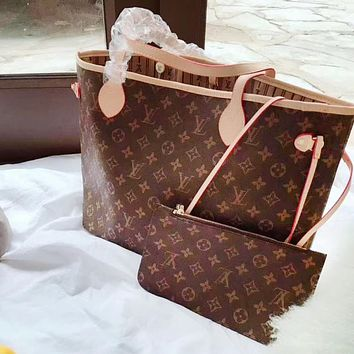 Louis vuitton selling a classic casual printed two-piece one-shoulder bag for women
