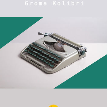 Rare 1960 Groma Kolibri Typewriter. Restored & fully working. Silver and green. Ultra portable. East Germany. DDR. GDR. With case.