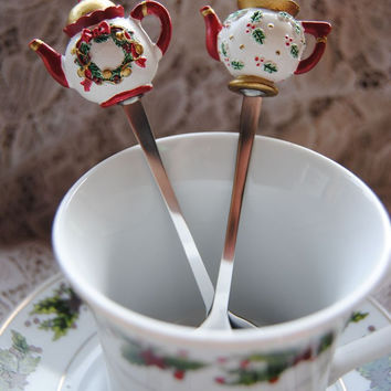 Christmas Teapot Spoon - Holly