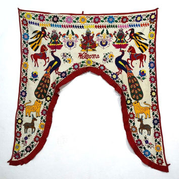 Bohemian Tribal Kutch Door Hanging , Ethnic Embroidery Window Topper Valance, Rare Kutch Door Hanging , Gate Kutch Hand Embroidred Toran