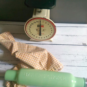 Vintage Jadeite Rolling Pin/ Bakers Choice Jadeite Rolling Pin/ Ice Water Rolling Pin