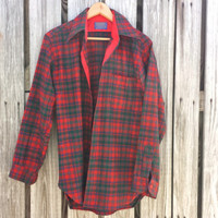 Vintage Men's PENDLETON Wool Plaid Flannel Shirt - Red Plaid - Lumberjack - SZ S / M