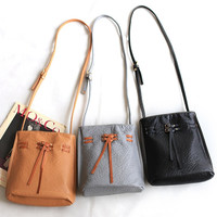 England Style Rinsed Denim Soft Vintage Shoulder Bags Stylish Messenger Bags [4915813636]