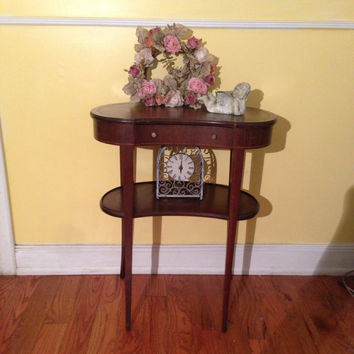 VINTAGE, antique table: end table, side table, lamp table, Fine Arts Furniture Co. of Grand Rapids, MI , leather top, wood, Age  distressed
