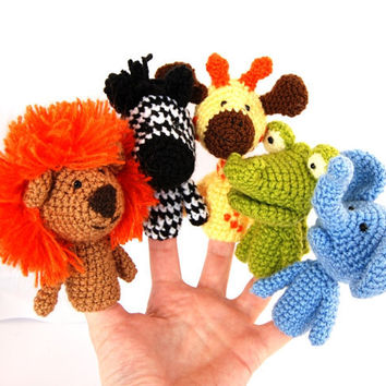 5 finger puppet birthday party crocheted lion giraffe elephant, zebra, crocodile amigurumi safari toys, play fables, orange yellow brown