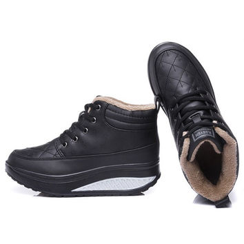 Women Casual Sneakers Keep Warm Shake Shoes Platform Boots