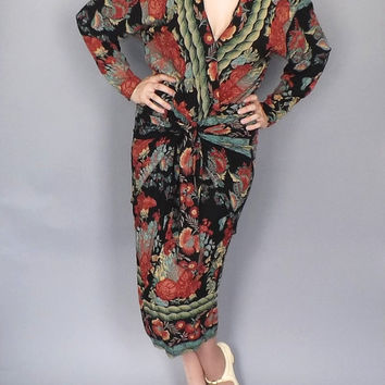 Bohemian Flapper Dress Vintage 70s does 20s Phoebe Red Floral Black Rayon Dress Size Medium Drop Waist 30s Day Dress Flapper 1920s Art Deco