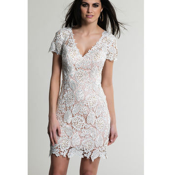 Dave & Johnny  White Lace Short Sleeve V-Neck Dress 2015 Prom Dresses