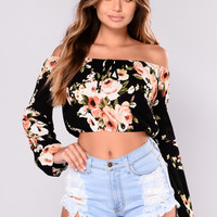Alexus Off Shoulder Crop Top - Black