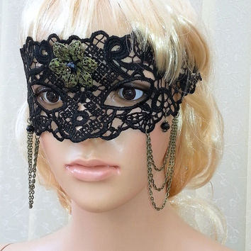 Black Lace Mask Lace Queen Mask Masquerade Mask,Sexy,Gothic,Unique Black mask,Victorian,victorian style mask, handmade,flower mask,eyes mask