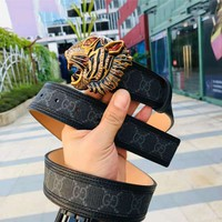 GUCCI 2018 new trend female models tiger head buckle belt