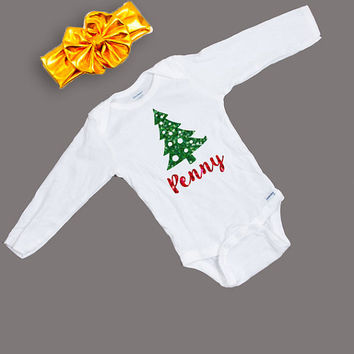 Personalized Christmas Baby Outfit - Holiday Outfit - Christmas Bodysuit and Bow - Holiday Bodysuit - Christmas Tree Bodysuit with Headwrap