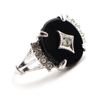 Vintage Onyx Black Sonte & Rhinestone Ring -  Retro Size 6 Silver Tone H.G.E. Costume Jewelry / Onyx Black, Faux Diamonds
