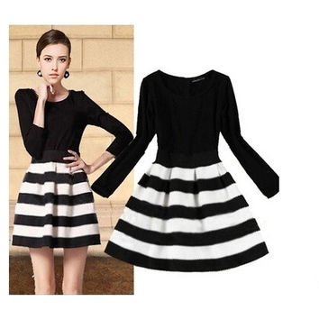 Fashion Cute Sweet Black and White Striped Stitching Dress = 1901145988