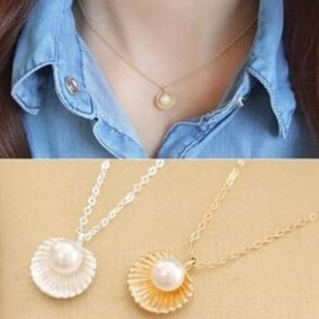 XL181 Fashion minimalist temperament Imitation pearls shell shaped pendant necklace women jewelry short necklace clavicle chain