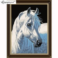 5d diy diamond mosaic diamond embroidery Christmas GIFT 3D diamond painting white horse animal pictures home decor new year GIFT