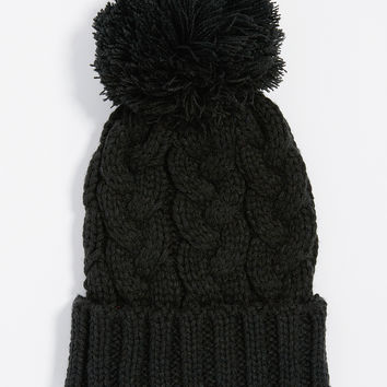 cable knit hat with pom-pom in black