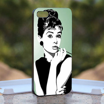 Audrey Hepburn - Design available for iPhone 4 / 4S and iPhone 5 Case - black, white and clear cases