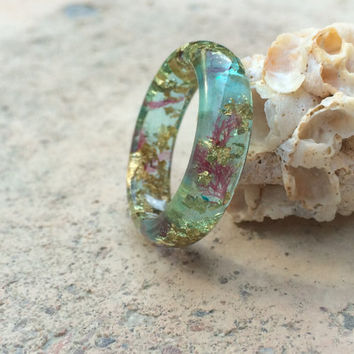 Aqua blue sea plant and gold flake ring. Embedded resin ring. Sea plant ring. Gold flake ring