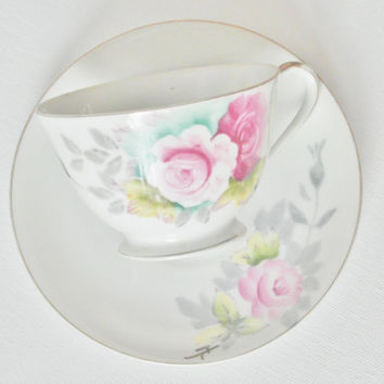 Hand painted Japanese tea cup teacup saucer gilded gold Occupied Japan 1940s floral fuchsia pink flowers shabby chic