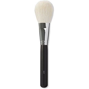 M527 Deluxe Pointed Powder Brush | Ulta Beauty
