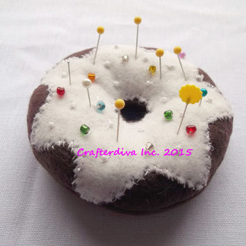 Chocolate Pincushion Donut, Pincushion, Sewing Room Decor, Home Decor, Handmade Pincushion, Craft Room Decor, Sewers Tool, Crafters Tool