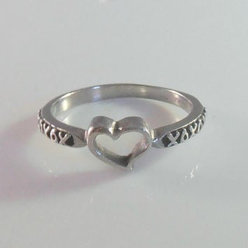 14K Open Heart Ring, Hugs & Kisses XO, ArtCarved White Gold, Size 6 Promise Wedding