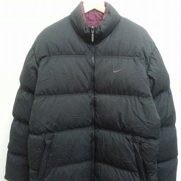 Vintage 1990s NIKE Reversible Black And Maroon Goose Puffer Ski Bomber Mountain Hip Hop Jacket