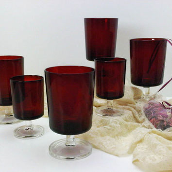 Luminarc Arcoroc Cavalier Ruby Red Stemware Cris D'Arques Durand Crystal 4 Wine 2 Juice Cordial Glasses