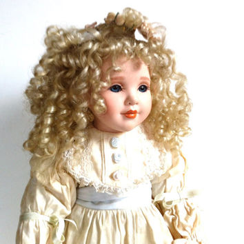 Collectible Vintage Dolls 62
