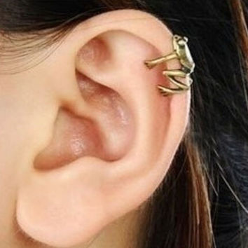 Cute Little Frog Ear Cuff + Gift Box