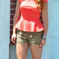 Everyday Solid Coral Peplum Top