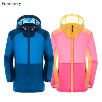 Facecozy Outdoor Loves Camping Jackets Summer Quick Dry Patchwork Jacket Women Transparent Anti UV Thin Hiking Hooded Coat