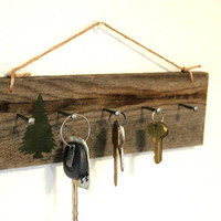 Reclaimed wall key holder - Cabin Decor - wooden key hanger