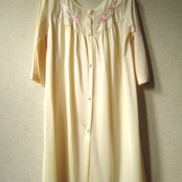 Peignoir Nightgown short robe romantic honeymoon lingerie parchment beige vintage Lorraine vintage 60s 70s Mad Men style women medium
